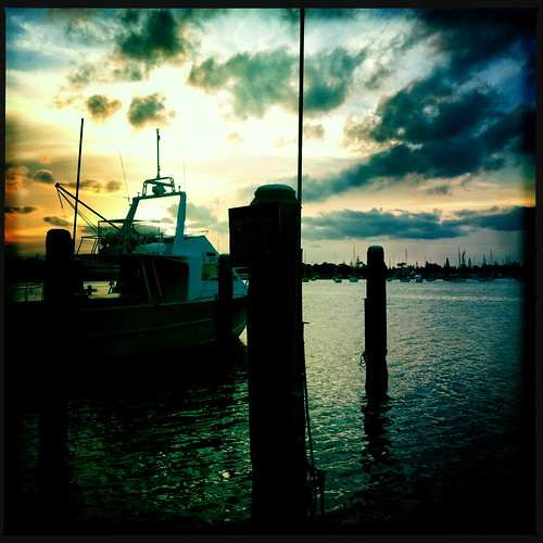 sunset boats harbour nsw portmacquarie