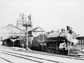 Locomotive no. 1104 of the Canadian Pacific Railway at Union Station / La locomotive no 1104 du Chemin de fer Canadien Pacifique à la gare Union