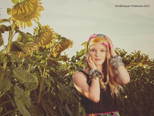 california sunset flower girl lady female lumix us model lowlight unitedstates outdoor country dixon panasonic sunflower boho m43 mirrorless gx7 microfourthirds m43ftw dreyerpicturescom