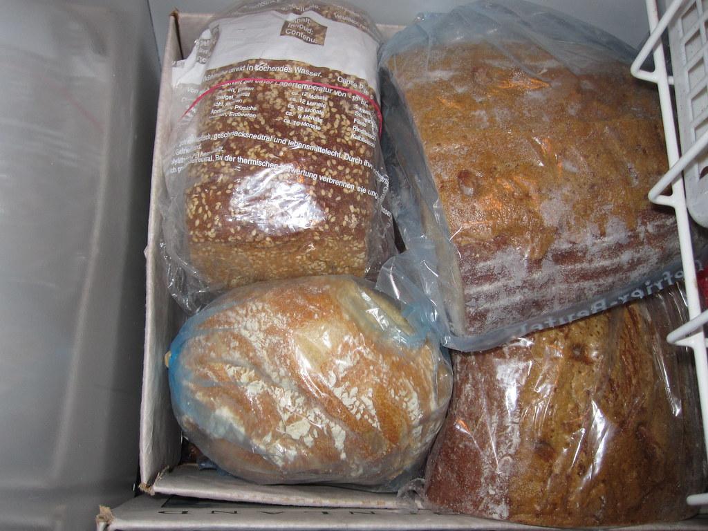 Bread / Brot / Kruh / Chleb / Chlieb / хлеб