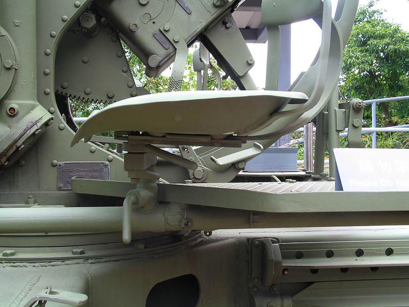 40mm Bofors (30)