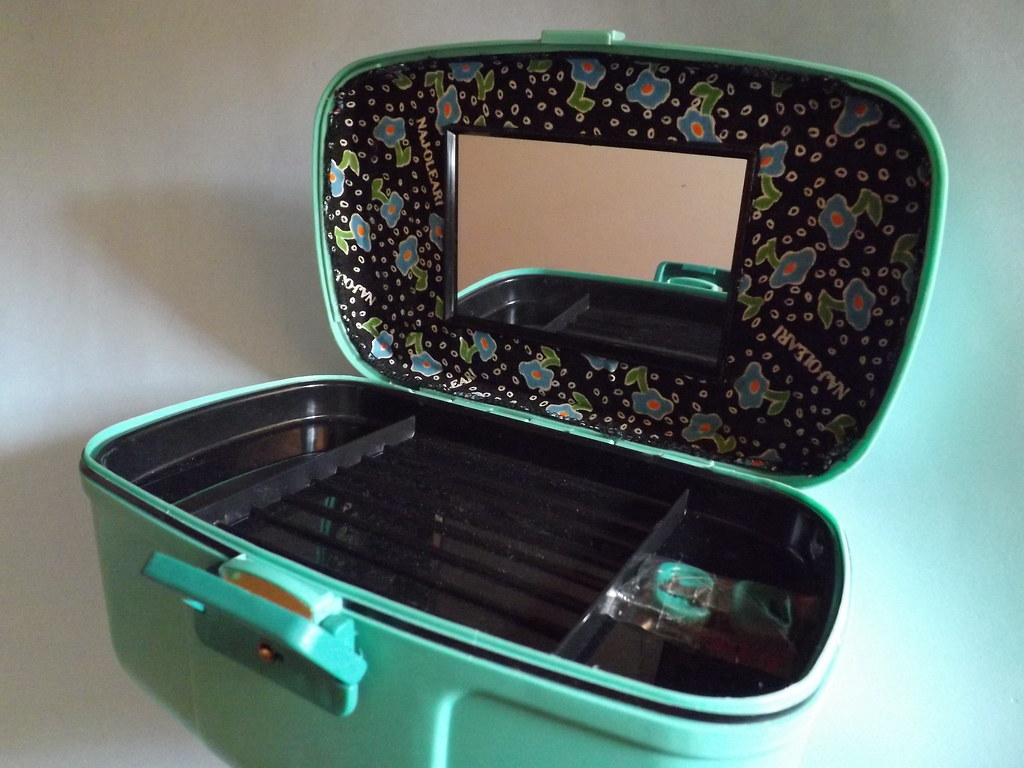outlet on sale authentic quality the sale of shoes NAJ OLEARI Beauty Case Vintage | my sweet 80s | Flickr