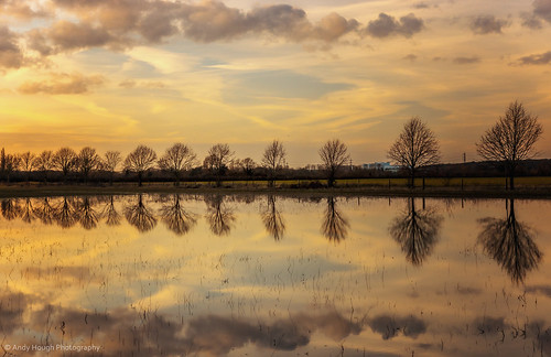 sunset england reflection andy water unitedkingdom sony hough longwittenham andyhough slta77