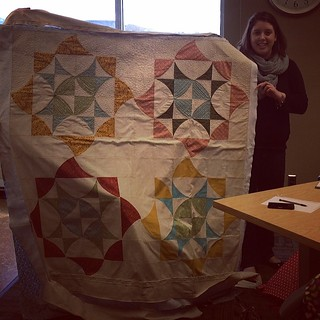She took her quilt off the longarm to show us! #boisemqg