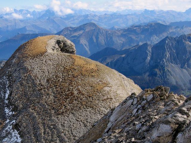 Pic de la Table (2.421 m.)