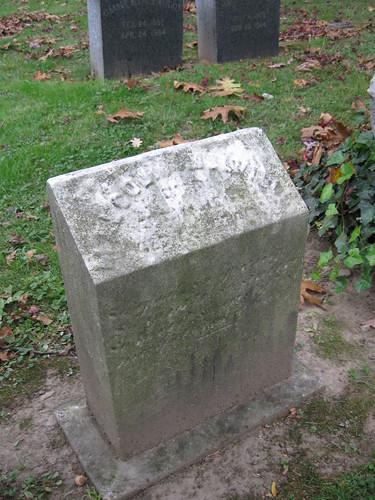 Melville Family Gravesite-005
