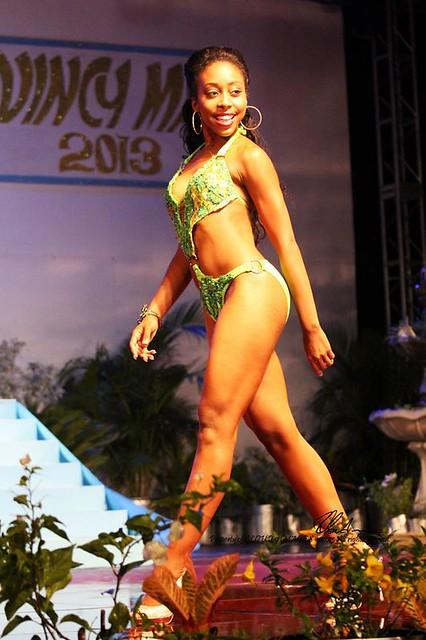 Zinga Imo la Magnifique Reine du Carnaval de St.Kitts & Nevis 2012-2013 / Zinga Imo the Magnificent 2012-2013  St.Kitts & Nevis National Carnival Queen