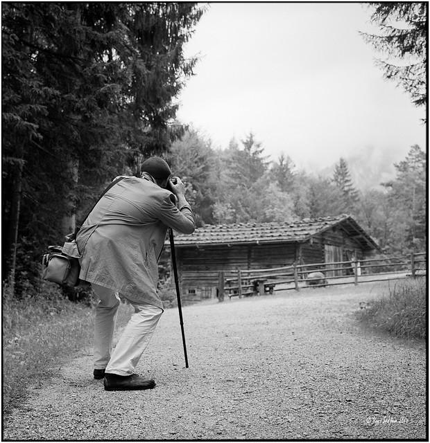 The photographer_Rolleiflex 2.8 D