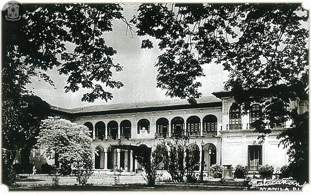 The Executive Building after the addition in the late 1930s of a second story to the wings on both sides in keeping with the original style.