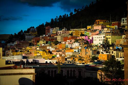 sunset shadow silhouette buildings mexico zacatecas hillside settingsun zacatecasmexico tedmcgrath tedsphotos