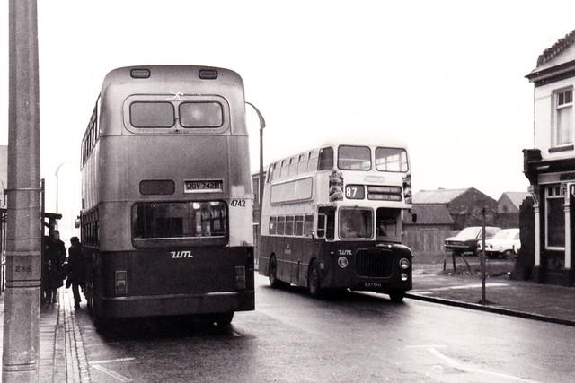 JOV742P + 6373HA Oldbury 1976