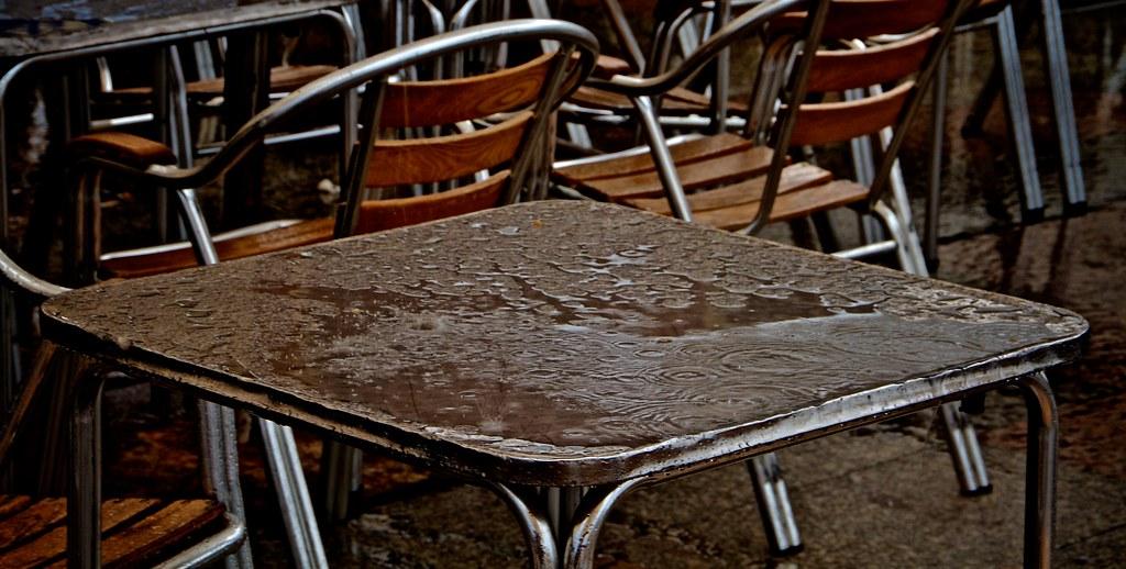 Llueve en Zarautz :: Rains in Zarautz :: Il pleut dans Zarautz ::: 20150614 0853