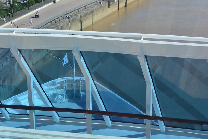 LOOKING GLASS (Pont 10) - Visite de l'AZAMARA QUEST - Cérémonie de bienvenue - 20 aout 2013
