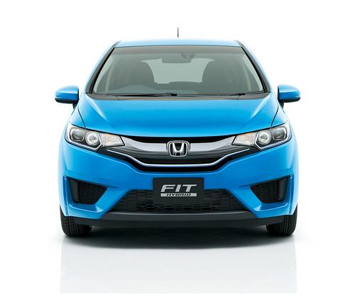 2015 Honda Fit Hybrid Japanese Model (9) - SMADEMEDIA.COM MediaGalleria Photo