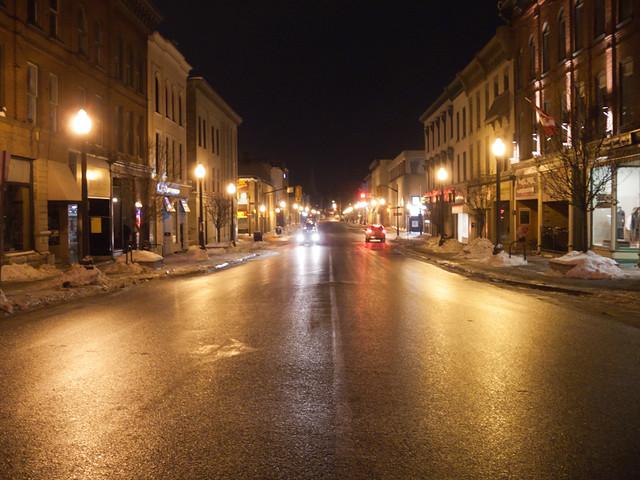 Hunter St., at night