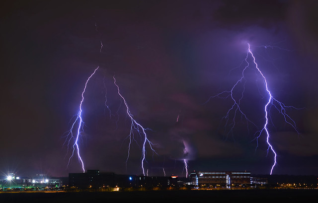 s 29May2014_Lightning_home_Df_1864_70 montage