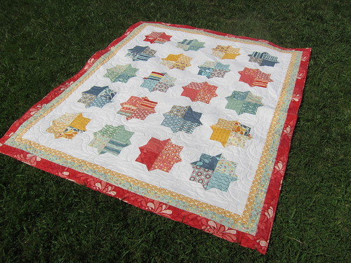Finished Smitten Quilt | by Everyday Fray
