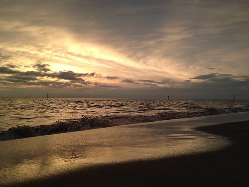 sunset sky lake reflection beach water swimming twilight sand warm waves shine michigan nofilter tunnelpark
