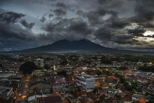 sunset mountain gunung bogor salak ibnuprabuali
