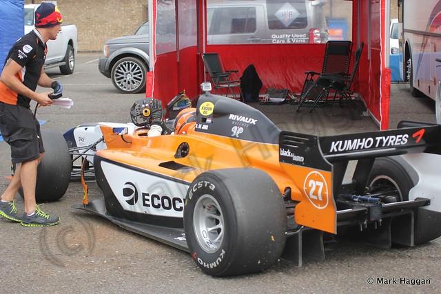 Daniel de Jong returns to his garage in Auto GP at Donington Park