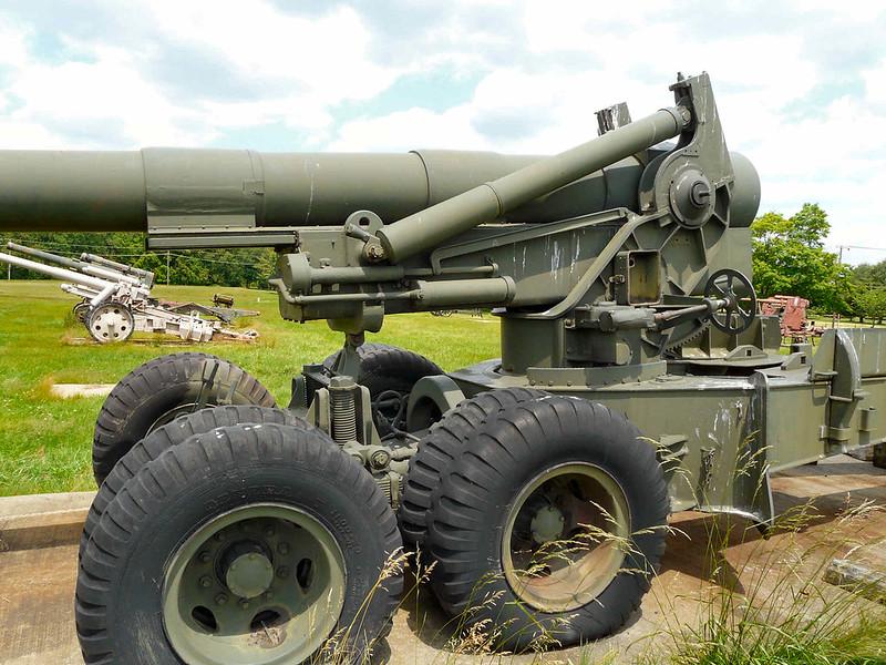 M115 203mm Howitzer (6)