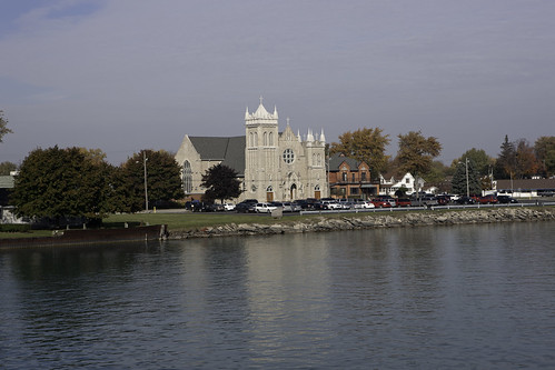 church michigan marinecity stclairriver holycrosscatholicchurch