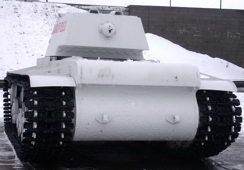 KV-1 Kirovsk (7)