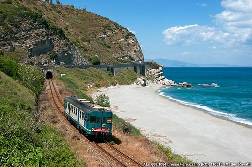 aln668 aln6681084 treno trains rail railway reggio calabria