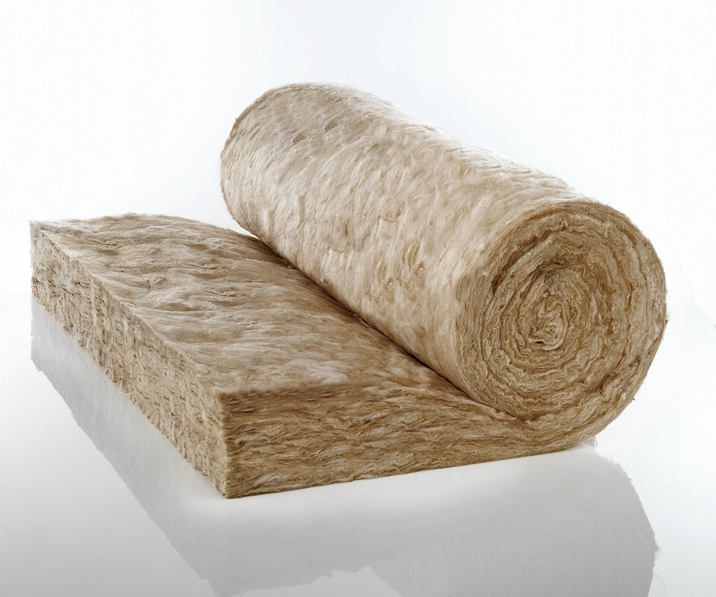 Knauf-Insulation-Rafter-Loft-Roll | Image must be attributed
