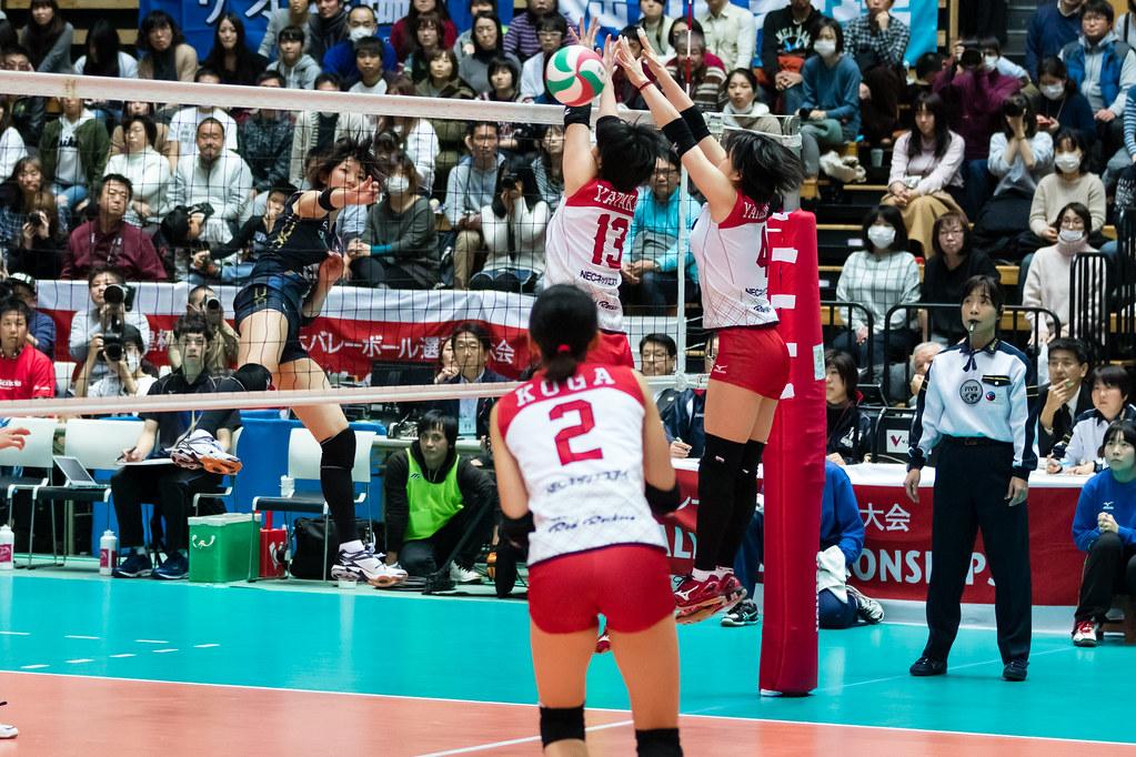 石井優希vs家高七央子@2017 天皇杯・皇后杯 準決勝 | Volleyball ...