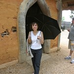 Mom in Jamestown with black umbrella