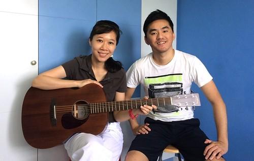 Beginner guitar lessons Singapore Sera