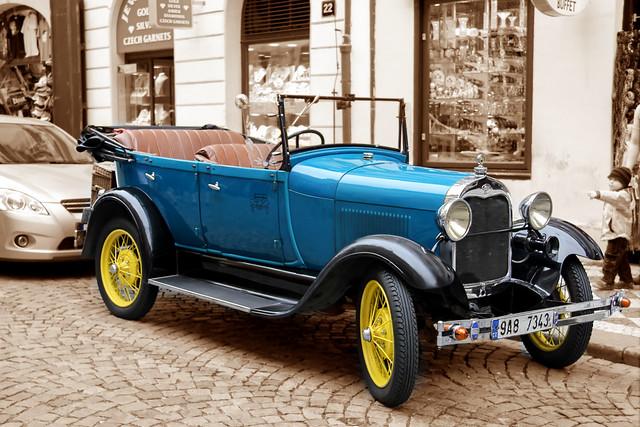 Prague - blue ford oldtimer