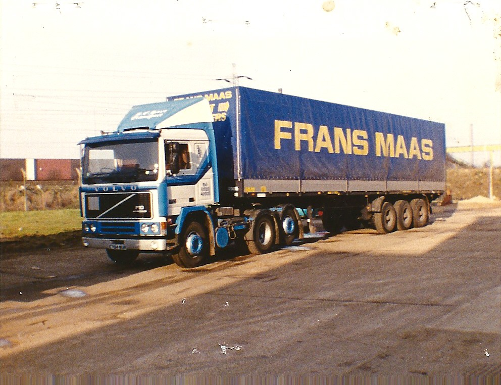 VOLVO F10 AND FRANS MAAS TILT TRAILER | Not sure where this
