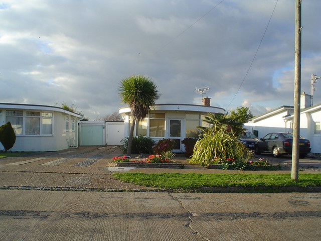 Oyster bungalows Pevensey Bay 15_11_2007