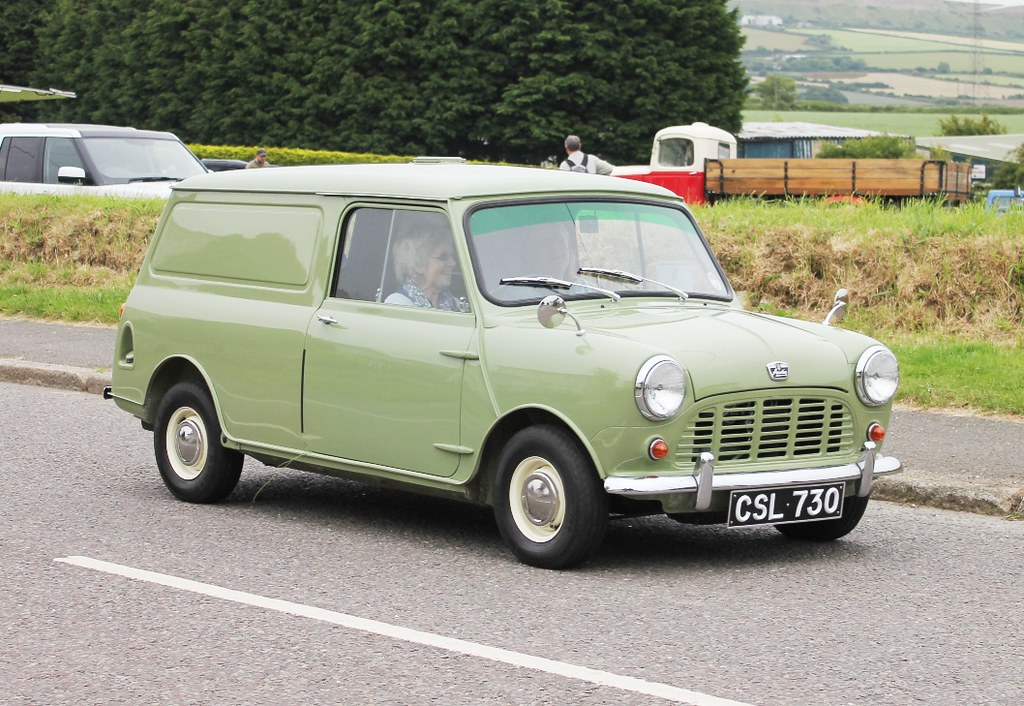 6172d8f44c ... CSL 730-04 1963 Austin Mini Van