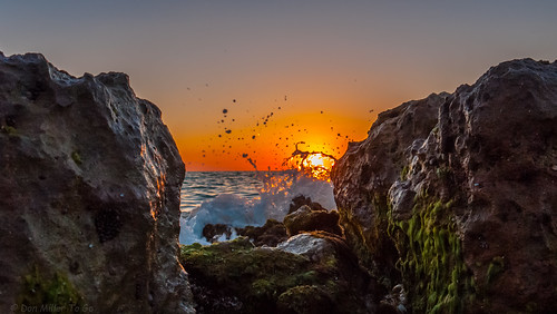 sun gulfofmexico nature water landscape spring rocks waves seascapes sunsets beaches gf1 beachphotography myflorida sunsetmadness sunsetsniper caspersensbeach