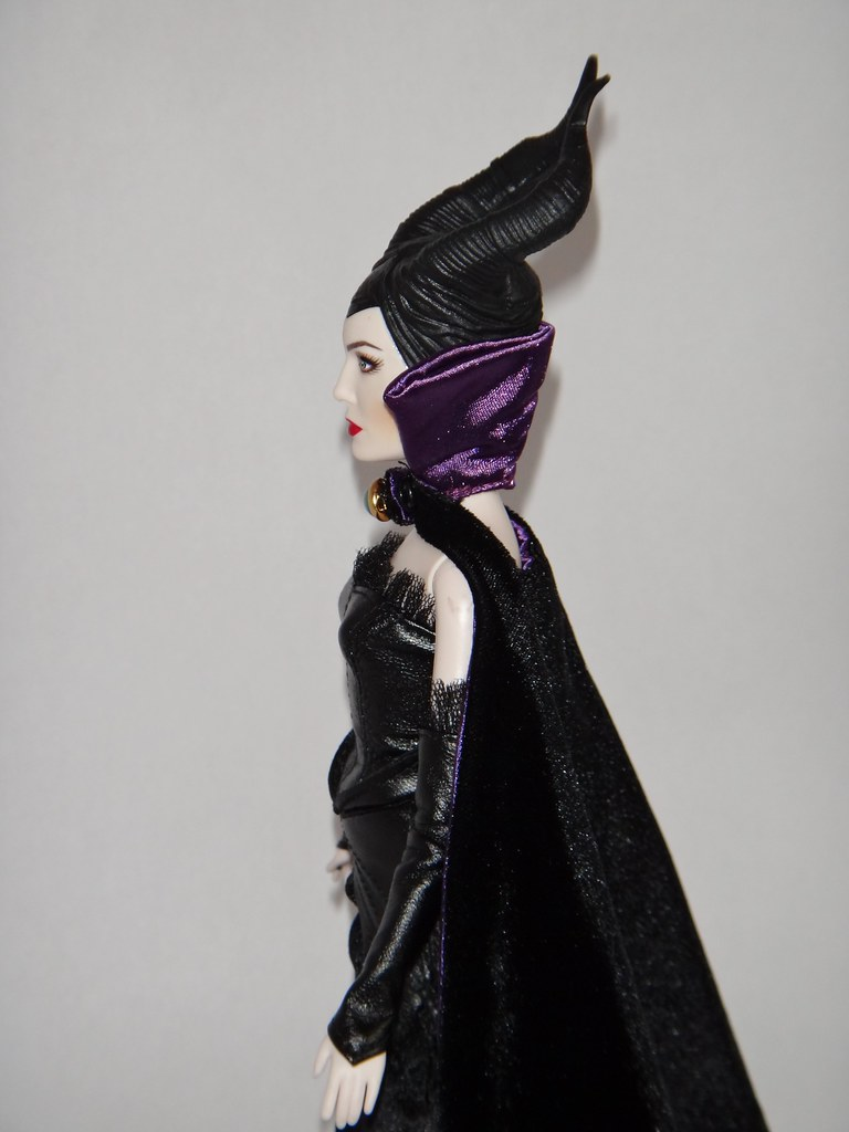 Disney Film Collection Maleficent 12 Doll In Designer Ma