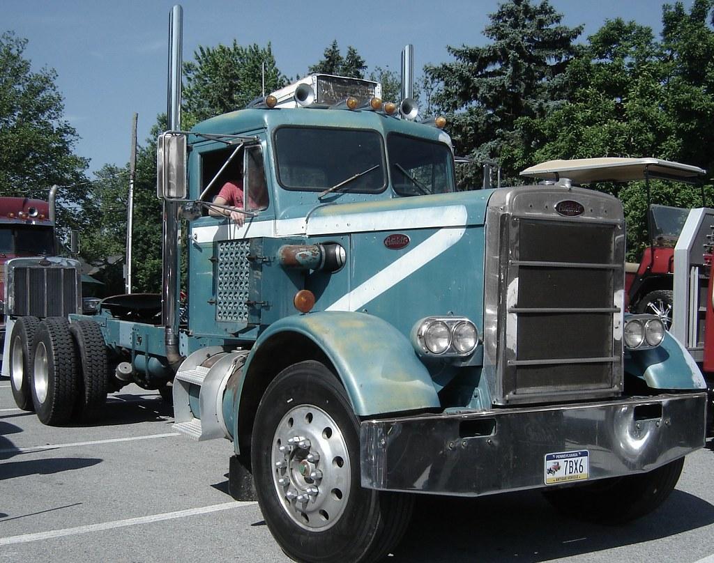 1965 Peterbilt | Antique Truck Club of America Truck Show, M