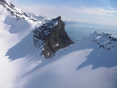 Pure-ski-company-helicopter-service-Groenland-heliskiing-031