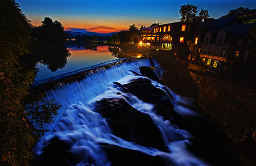 river waterfall twilight vermont dusk dam falls waterfalls quechee quecheedam