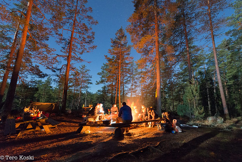 Moonlight barbecue in Nuuksio Nationalpark | by Tero Koski