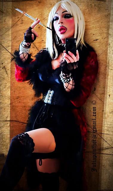 Smoking Diva in pantyhose and velvet