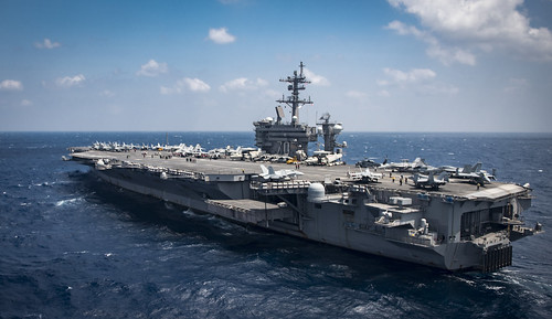 USS Carl Vinson (CVN 70) transits the South China Sea. | by Official U.S. Navy Imagery