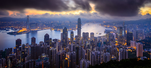 night sunrise hongkong dawn central thepeak 香港 kowloon 九龍 tsimshatsui victoriaharbour 日出 維多利亞港 尖沙咀 lugardroad 盧吉道