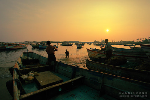 life travel sunset beach photography harbor fishing harbour kerala dailylife beautifulnature vizhinjam
