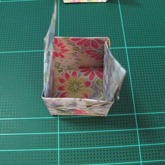 การพับกระดาษเป็นรูปเรขาคณิตทรงลูกบาศก์แบบแยกชิ้นประกอบ (Modular Origami Cube) 034