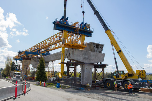 Angle Lake Extension Construction: Gantry