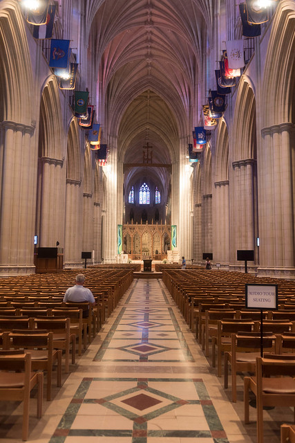 National Cathederal DC - Maine Aisle-6.jpg