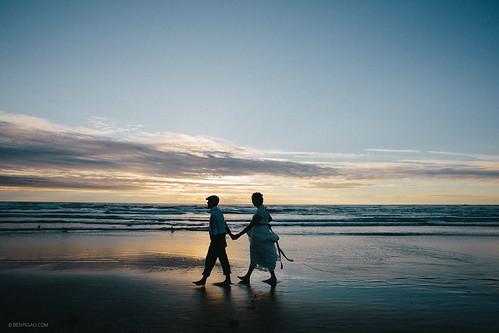 Katherine & Narvin / Cannon Beach Wedding